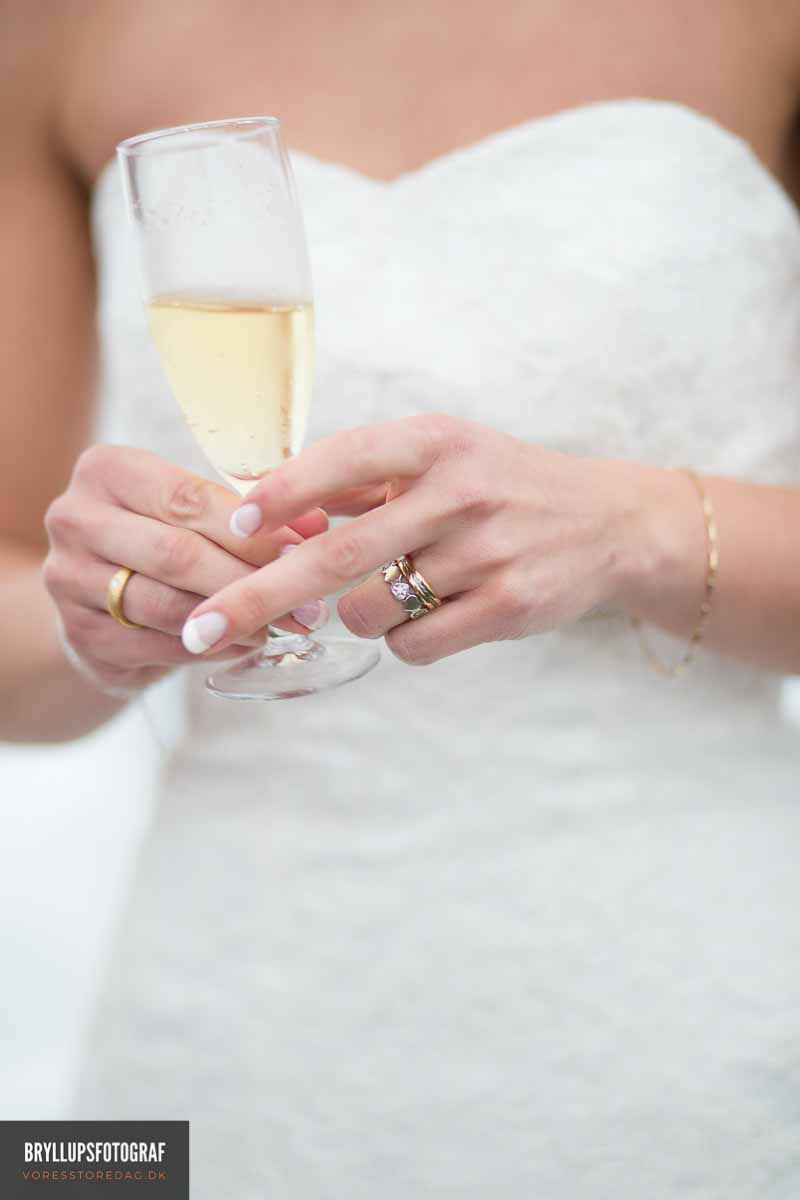 Choosing a Non-traditional Wedding Ring