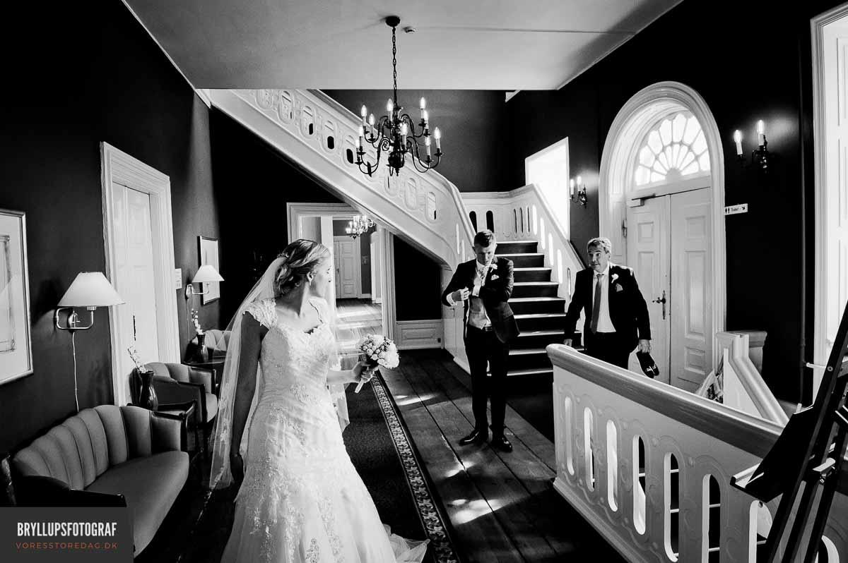 Your Wedding Can Be Beautiful and On Budget