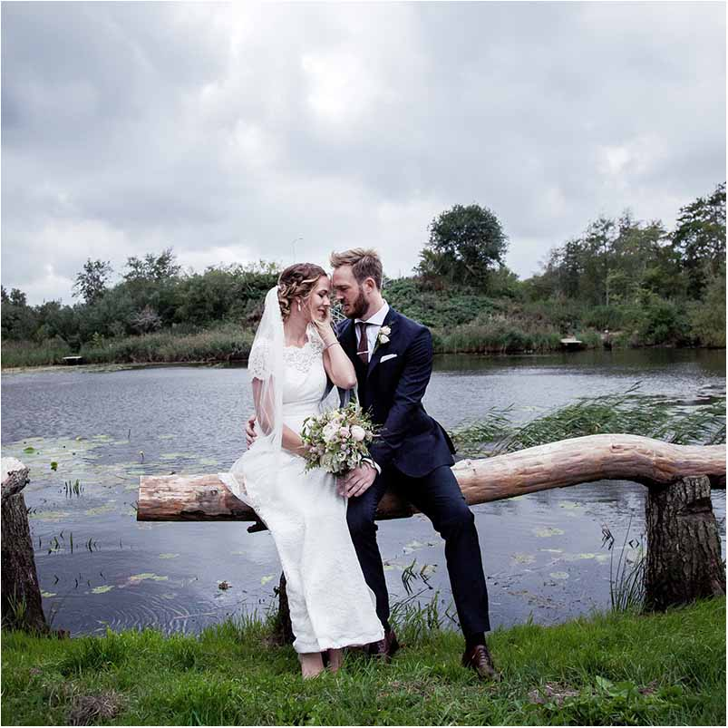 wedding photographer photojournalist