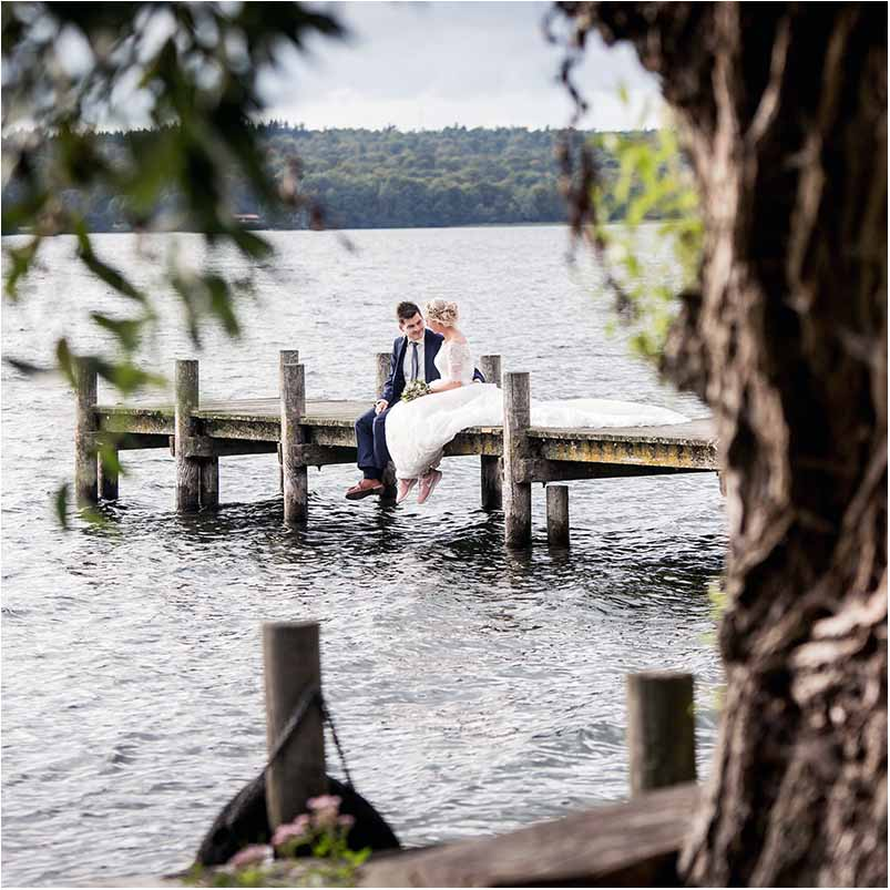 become a wedding photographer