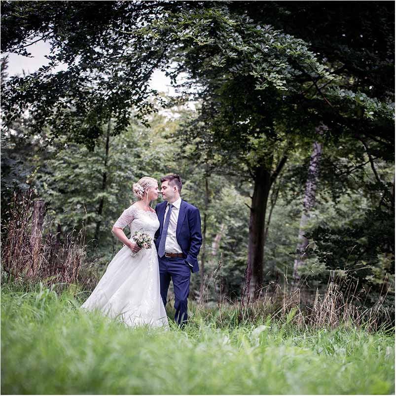 a famous wedding photographer