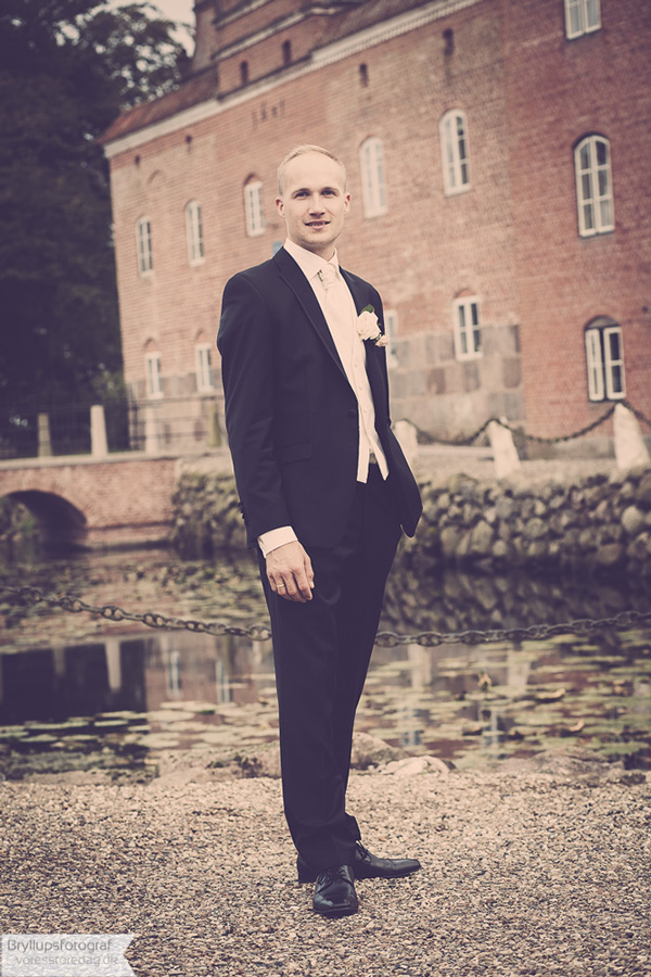 wedding broholm castle4