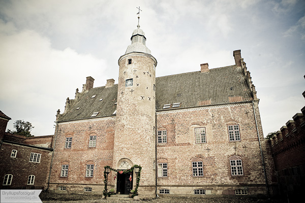 wedding broholm castle56