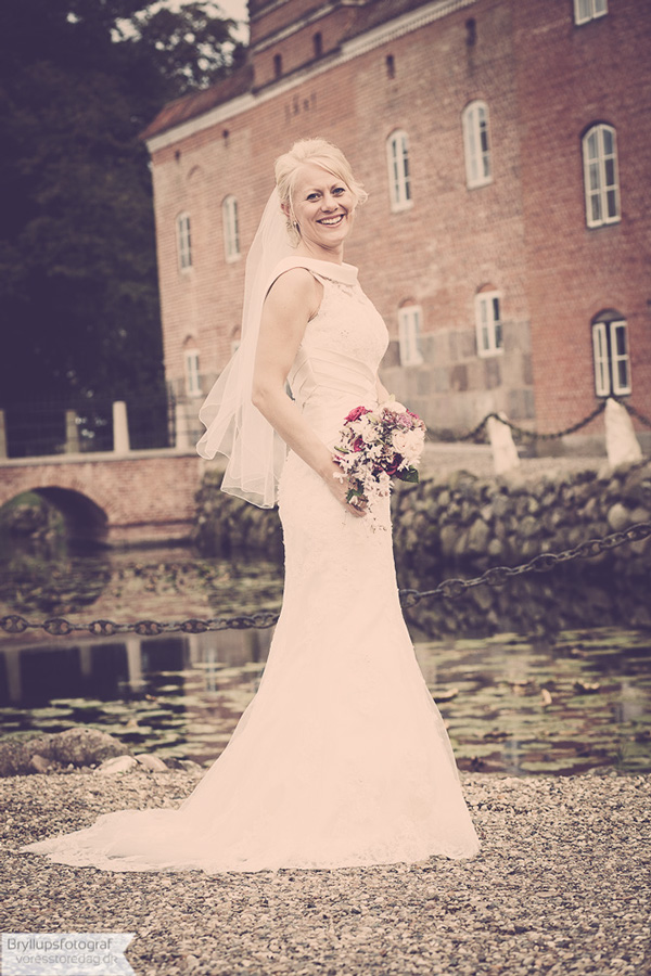 wedding broholm castle9